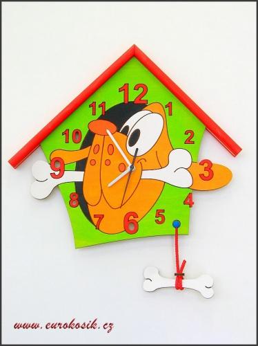 Dětské hodiny nástěnné Pes zelené