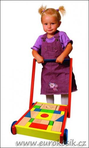 dětský dřevěný vozík