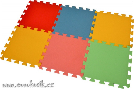 Pěnový koberec 6 maxi